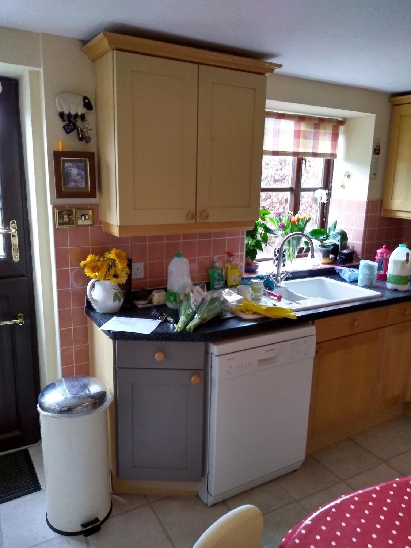 kitchen-painter-sudbury-suffolk-b1