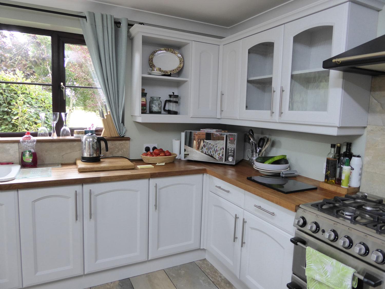 21-kitchen-painter-suffolk