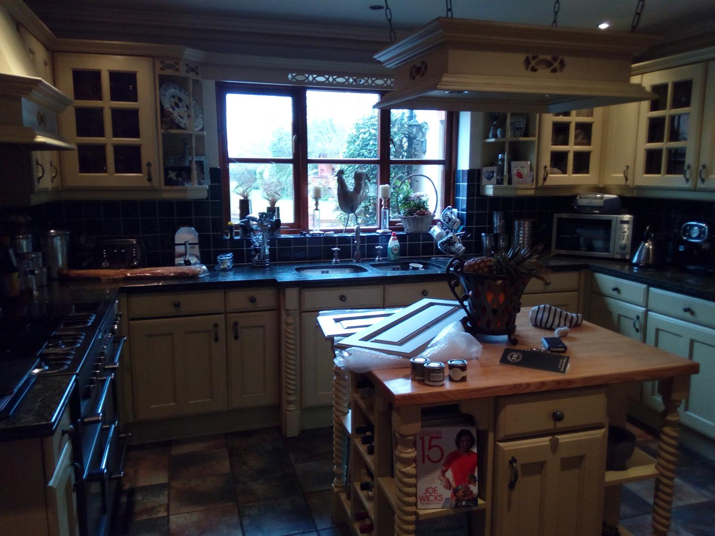 kitchen-painter-sudbury-suffolk-before7